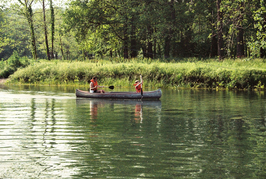 Canoeing Kids