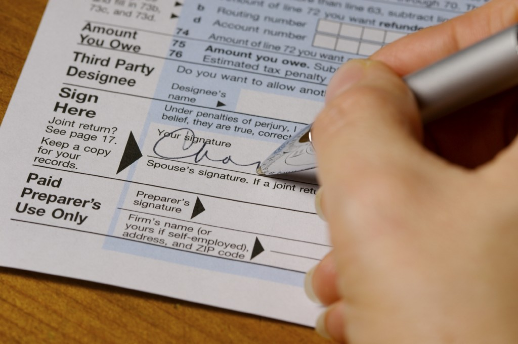 signing tax form