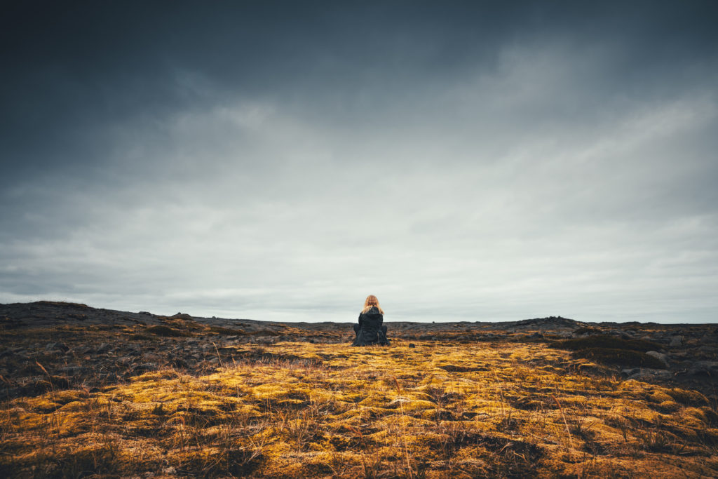 woman-enjoying-icelandic-wilderness